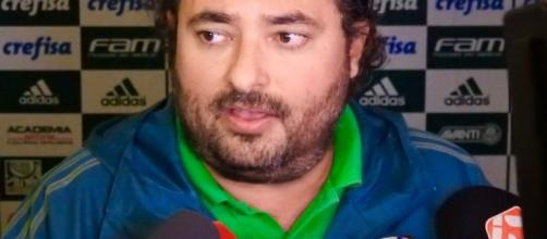 O diretor de futebol Alexandre Mattos