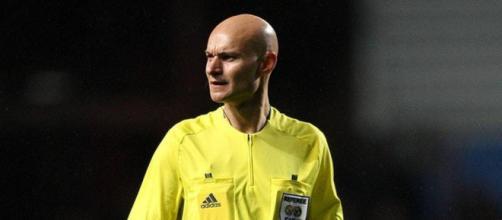 Tony Chapron, arbitro di Nantes-Psg