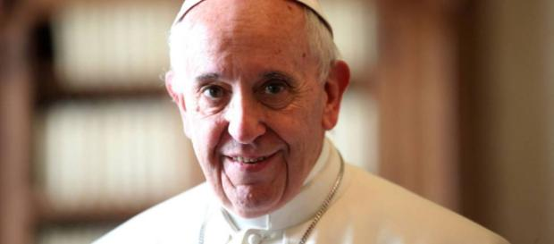 El Papa visita cárcel femenina en Chile
