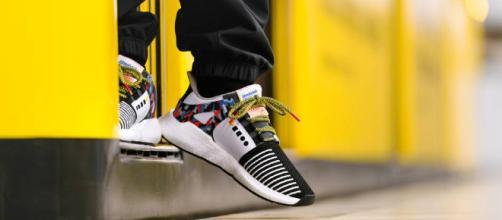 Adidas a créé des chaussures qui font office de ticket de métro - creapills.com