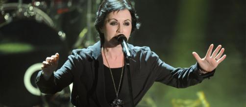 Muere a los 46 años Dolores O'Riordan, vocalista de The Cranberries - sopitas.com