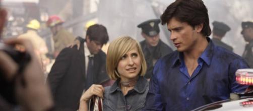 "Allison Mack era a jornalista amiga de Clark Kent em ""Smallville"""