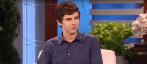 Freddie Highmore opted to give Ellen Degeneres a sample of fluent Arabic on his visit this week. Image cap EllenTV/YouTube