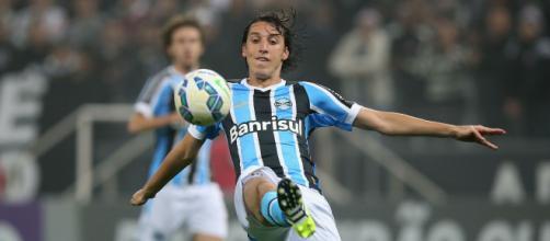 Geromel em atuação pelo Grêmio
