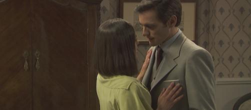 Il Segreto anticipazioni: Beatriz accetterà di far l'amore con Aquilino?