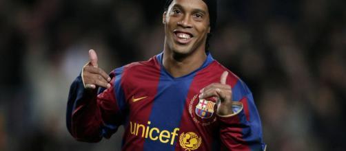 Ronaldinho la gloria de la Copa del Mundo y la magia de Bernabéu.