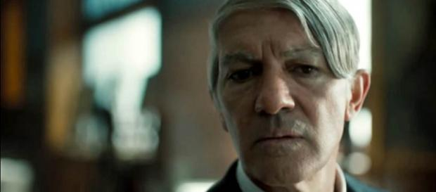 """Antonio Banderas plays Pablo Picasso in the upcoming National Geographic series """"Genius' [Image credit: Mr WTF/YouTube]"""