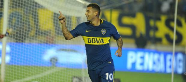 Cardona mostró toda su calidad con un gol en el debut oficial - clarin.com