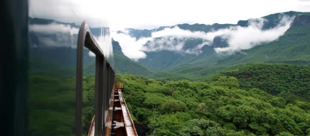 Sierra Tarahumara desde el tren Chepe.