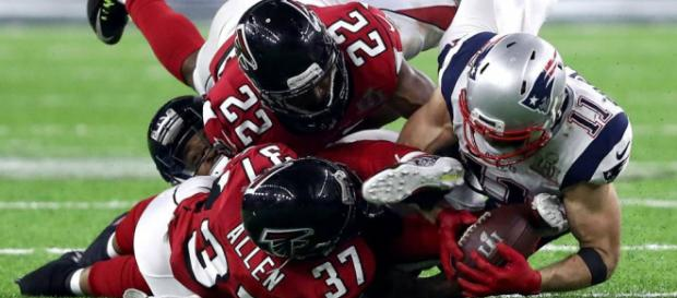 Will the Patriots repeat as champs in 2018? [Image Credit Sports Maniak/YouTube screencap]