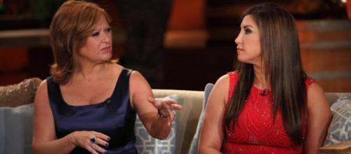 Caroline Manzo and Jacqueline Laurita appear on 'RHONJ' reunion. [Photo via Bravo/YouTube]