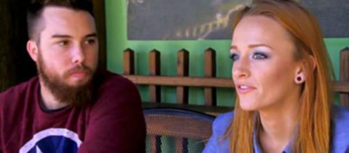 Maci Bookout and Taylor McKinney appear on 'Teen Mom OG.' - [Photo via MTV / YouTube screencap]