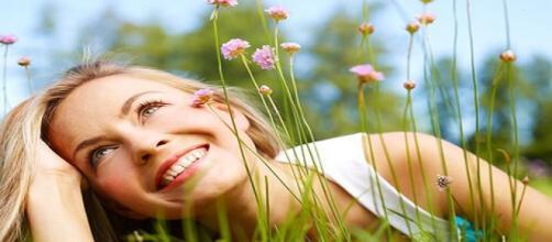 Riendo ante la vida, actitud positiva.