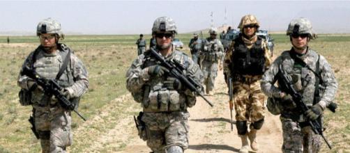 Soldados norteamericanos se mantienen en Siria