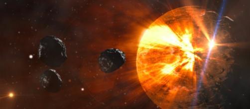 Una bola de fuego se acerca al planeta Tierra