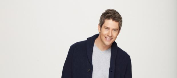 'Bachelor' Arie Luyendyk Jr. reportedly shakes things up on Season 22 of 'The Bachelor' - [Image via Craig Sjodin/ABC]