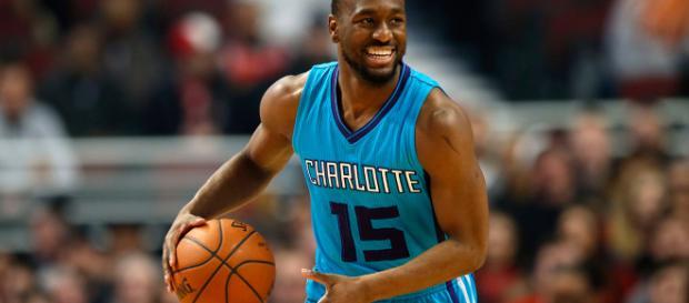 Kemba Walker parece ir a Pistons