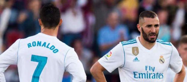 Ronaldo e Benzema na porta de saída