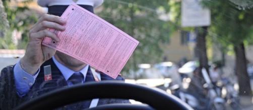 Novità per le multe, arriveranno via mail certificata