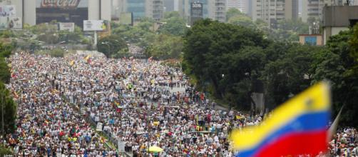 Mueren dos personas en la marcha opositora convocada en Venezuela - elespanol.com