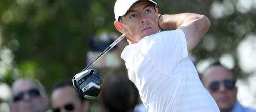 Rory Mcllroy en el Campeonato de Abu Dhabi
