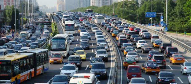 Cina: supera gli Stati Uniti nei consumi