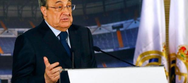 Florentino Perez en una conferencia de prensa