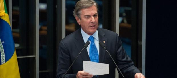 Senador Fernando Collor em discurso