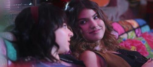Lica (Manoela Aliperti) e Samantha (Giovanna Grigio) irão fazer sexo na trama. (Foto Reprodução).