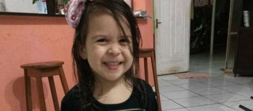 Menina de 2 anos foi atropelada pela mãe