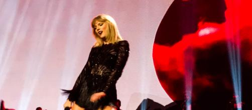 Taylor Swift in one of her performances [Image Credit: makaiyla willis/Wikimedia]