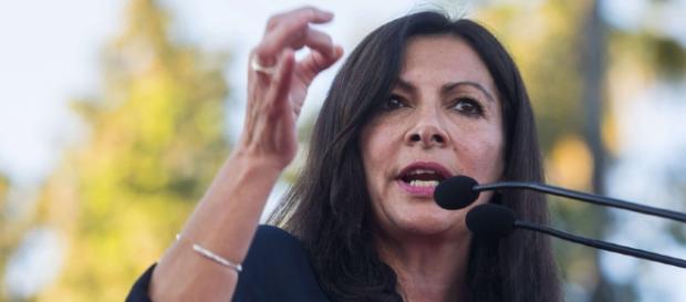 Anne Hidalgo affirme avoir été menacée par les lobbies automobiles ... - rtl.fr