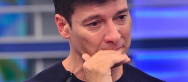 Triste, Rodrigo Faro faz desabafo sobre sua situação no último dia de 2017