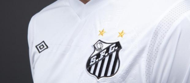 Umbro já vestiu o Santos por quase duas décadas