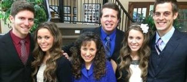 """Duggar family compared to Turpin Family 