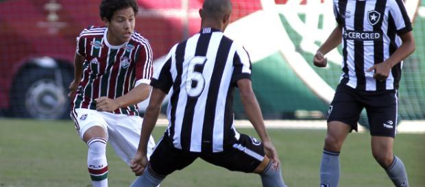 Fluminense x Botafogo se enfrentam neste sábado