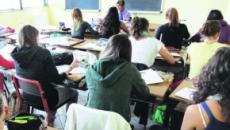 Frosinone, ragazza confessa in un tema a scuola: 'Mio padre mi stupra'
