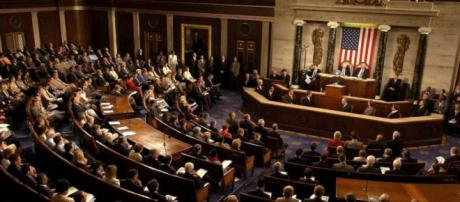 EE.UU. cierra varios servicios federales por nuevo presuspuesto