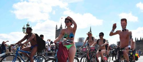 The 2017 World Naked Bike Ride in London - Photos - The 2017 World ... - nydailynews.com