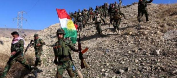 Turquía lleva fuerza militar a las fronteras las liberarla