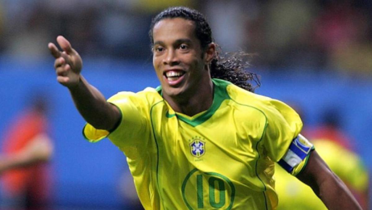 Ronaldinho : le génie arrête sa carrière magique