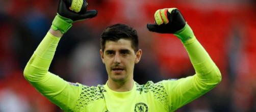 Chelsea to offer Thibaut Courtois bumper new contract to fight off ... - thesun.co.uk