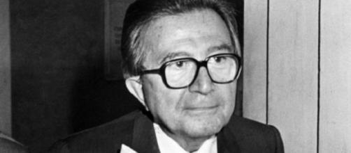 Giulio Andreotti. Il figlio Stefano definisce una bestemmia il paragone tra il padre e Luigi Di Maio