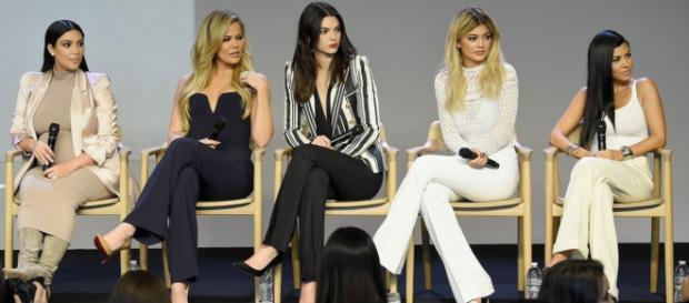 Irmãs Kardashian-Jenner são garotas propaganda da Calvin Klein