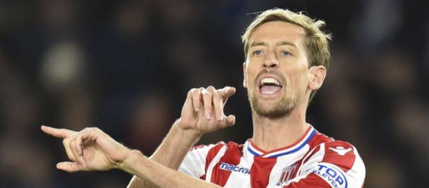 Peter crouch podría irse al Chelsea.
