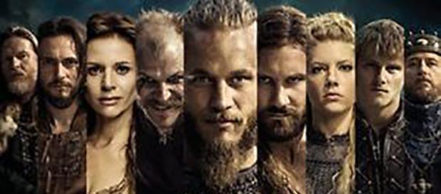 Póster con algunos personajes principales de Vikingos