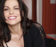 Lana Parrilla e o seu passado trágico