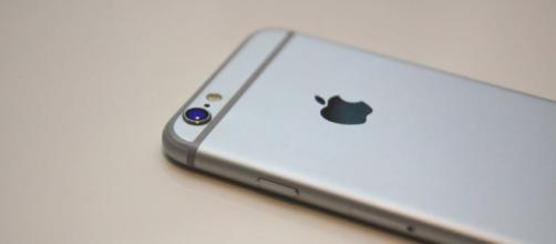Apple iPhones - Image credit - Public Domain | Pixabay