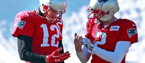 Brady's injury is a hot topic in Vegas. [Image via Boston Herald/YouTube]