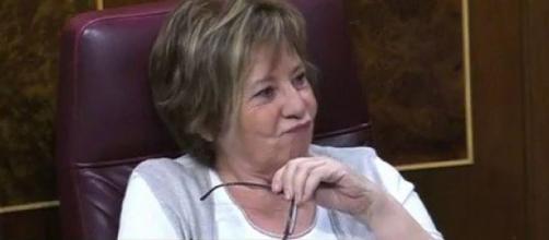 Celia Villalobos deja el Candy Crush para liarla hablando de las ... - elespanol.com